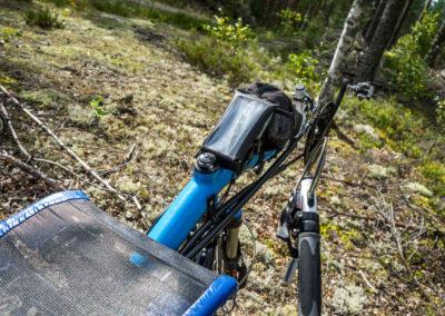 Držák na smartphone ve vodotěsném obalu
